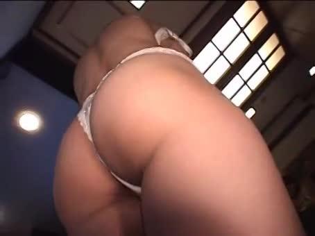 美巨乳な美人妻をホテルに連れ込み、玩具や肉棒でマンコを突き上げる調教不倫ハメ撮りセックス。