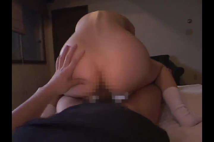 JK娘が巨乳を揺らしながら中出しセックスで絶頂